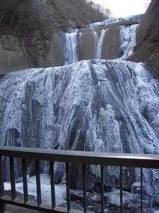 2011年「袋田の滝」の凍結状況